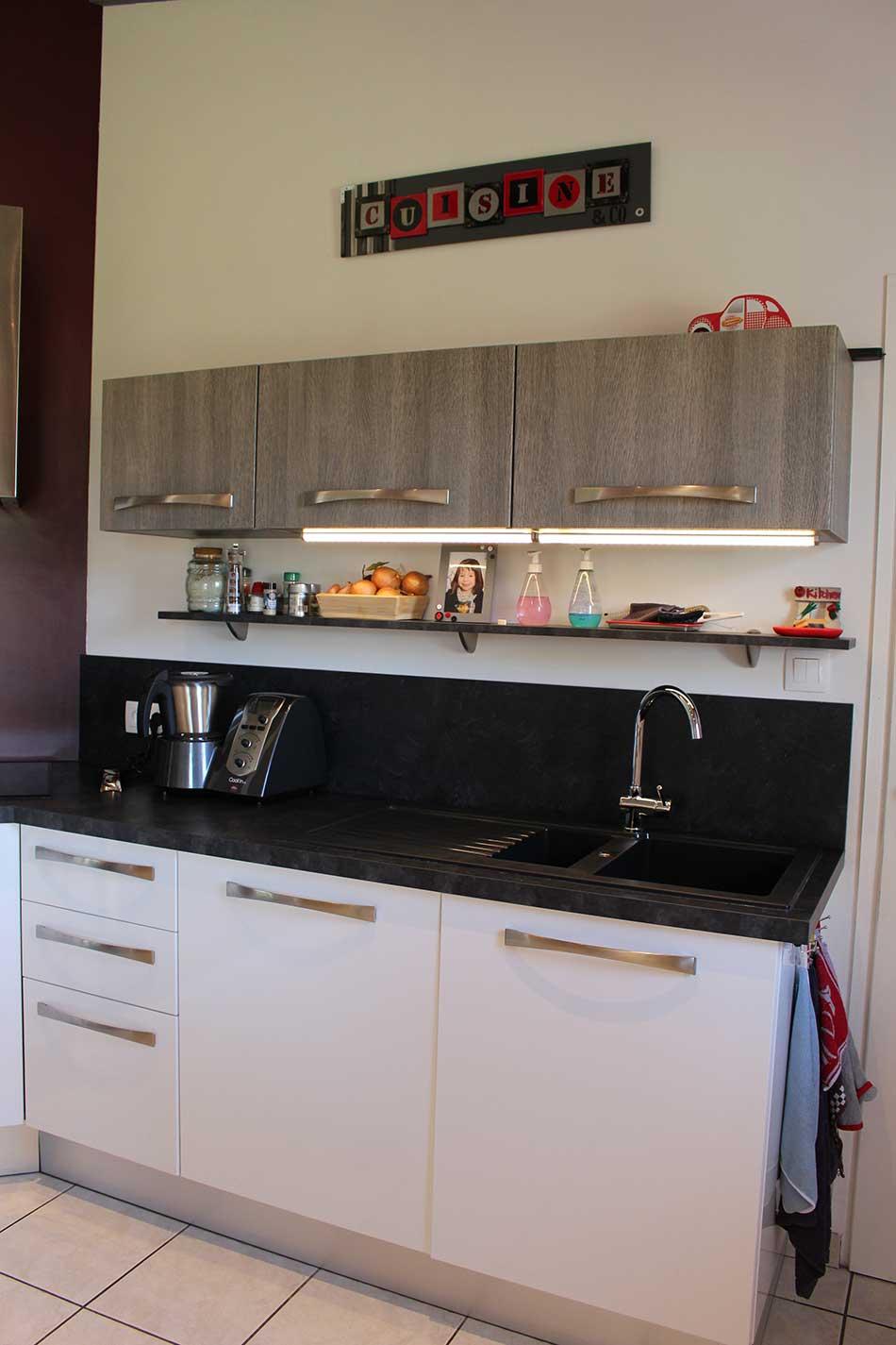 qui sommes nous cuisiniste salles de bain et agencement int rieur aux herbiers en vend e. Black Bedroom Furniture Sets. Home Design Ideas